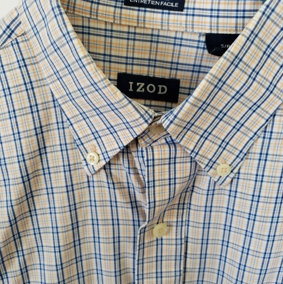 Izod Other - Izod Longsleeves Plaid S/P Button Down Shirt